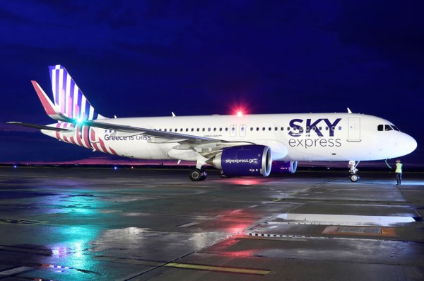 Sky Express Airbus A320neo (Foto: S. Kamrau, Dortmund Airport)