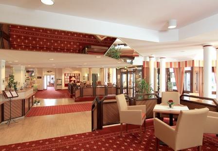 amber-residenz-bavaria-lobby-2