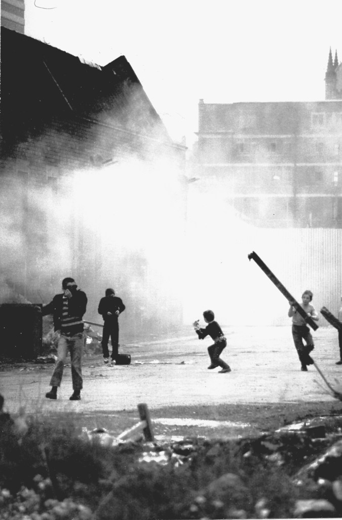 Die Kinder von Belfast spielen Krieg (1984)