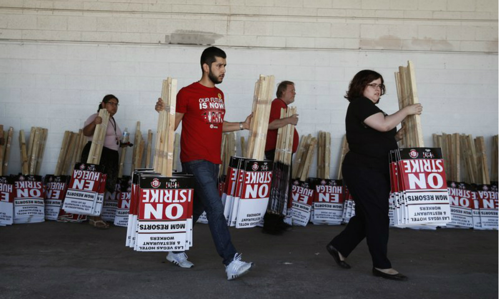 Las Vegas MGM union workers reach deal with casino