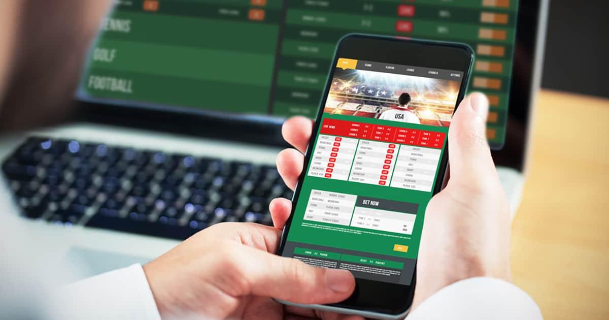 Malaysian police cracks online gambling ring