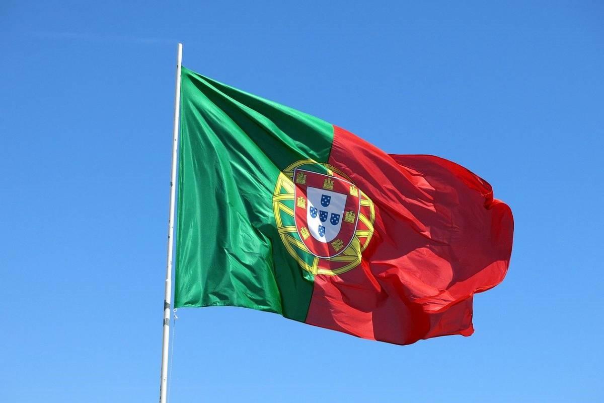 iMovo Limited hadir di Portugal