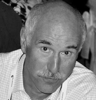 Luis Garcia Larrea
