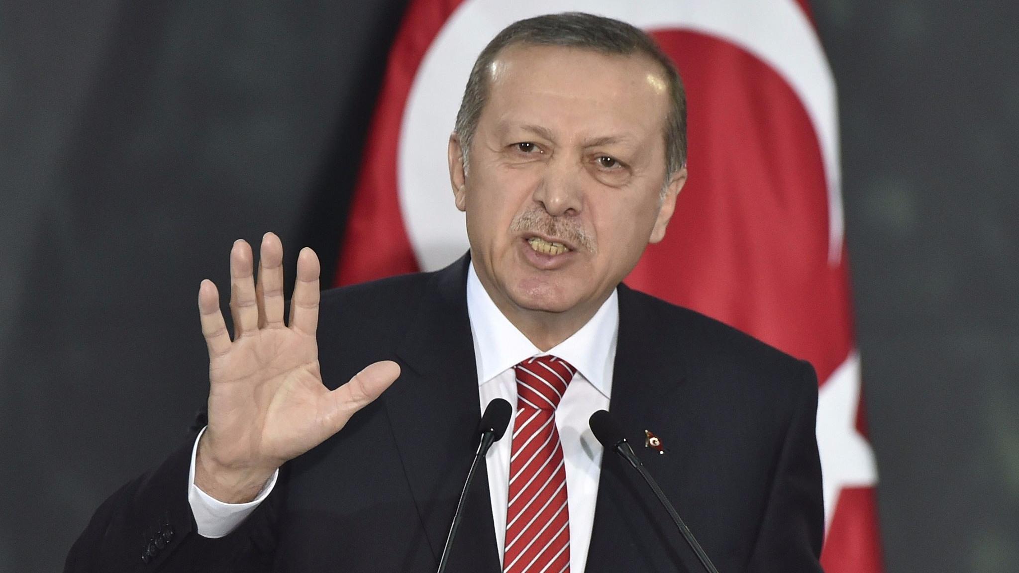 Erdogan calls Gulf states requests to Qatar 'disrespectful'