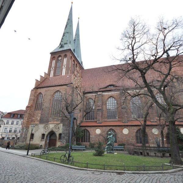 Iglesia San Nicolás (Nikolaikirche) en Berlín