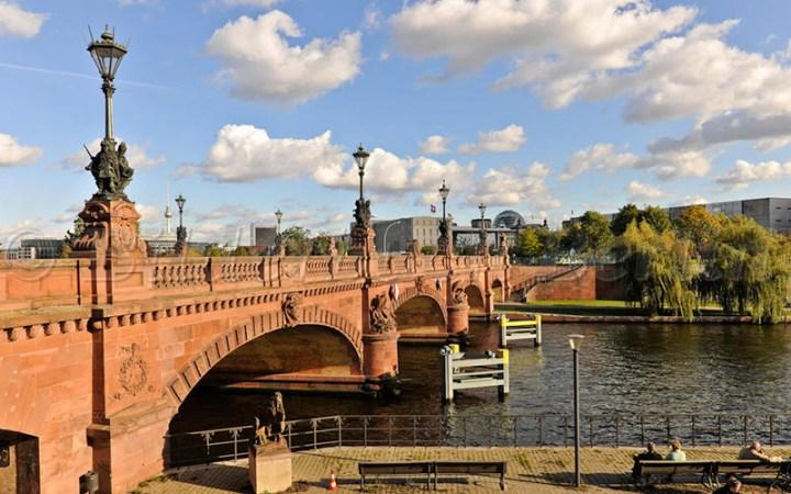 Puente Moltke de Berlín