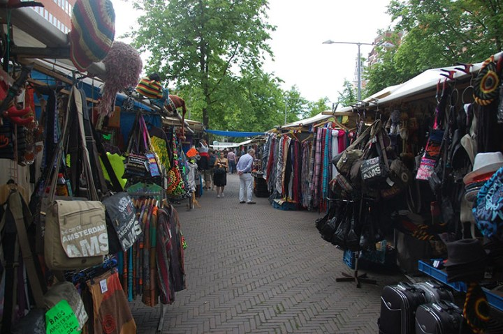 Mercado Waterlooplein en Ámsterdam