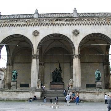 Monumento de Feldherrnhalle, Múnich