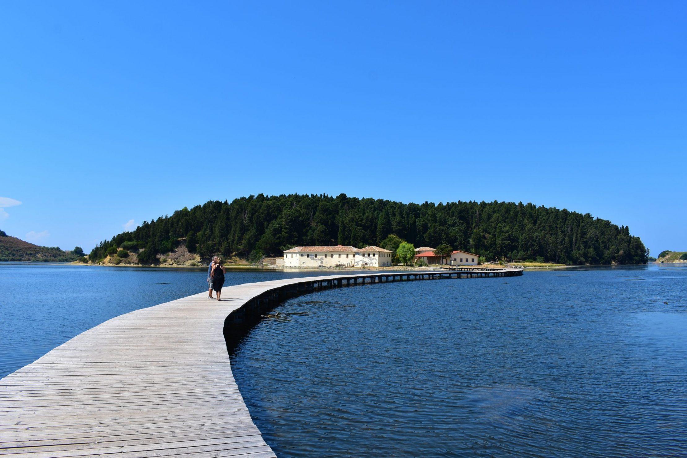 A pathway to Zvërnec island