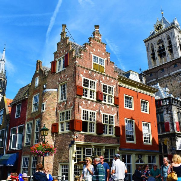 11 Reasons to Visit Delft – The Prettiest Town in The Netherlands