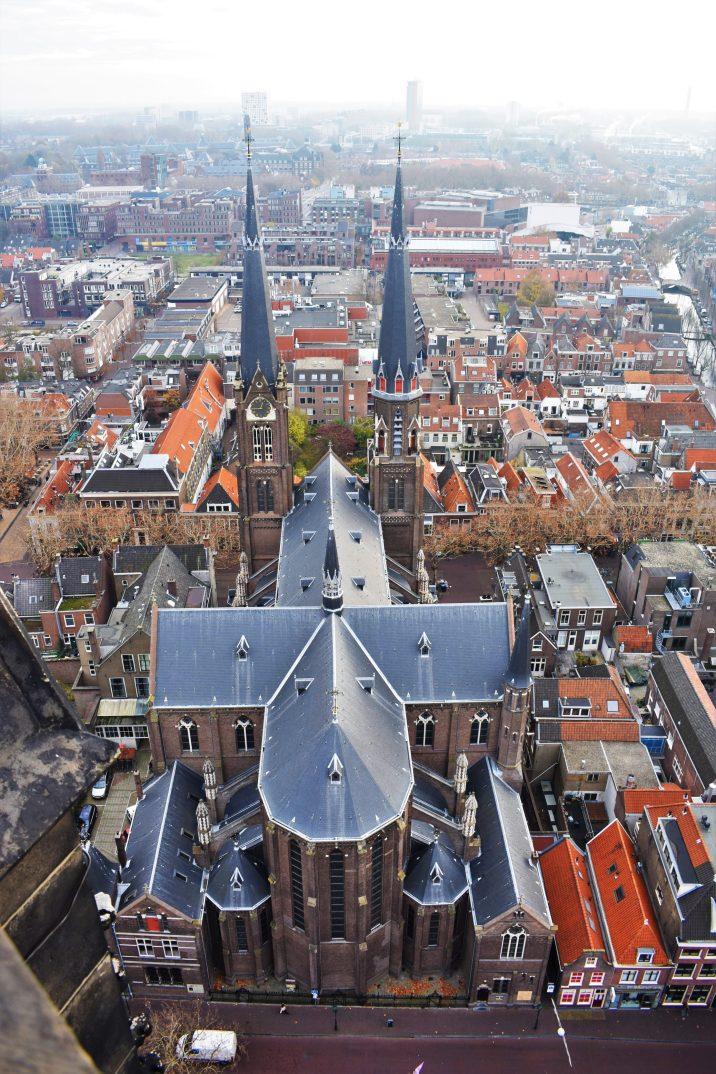 Y hay una razón más importante para visitar Delft: ¡es la sede actual de euroviajar.com!