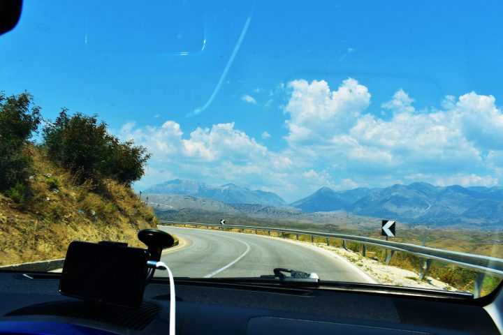 Travelling to Albania by car - Albanian roads are often very curvy