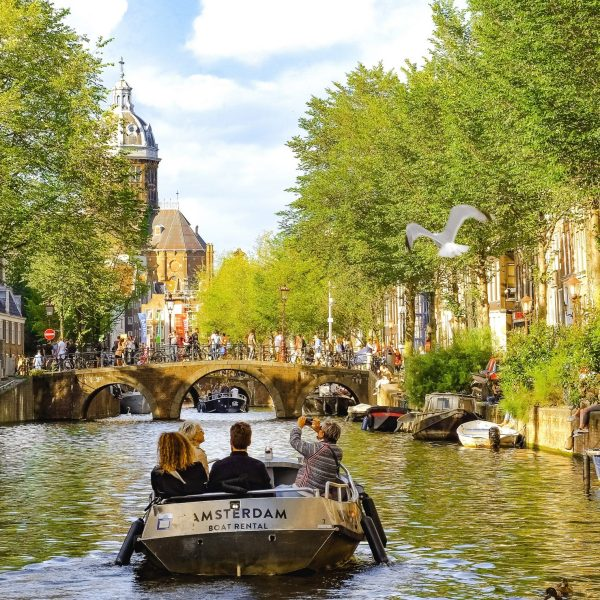 10 Reasons Why Visit Amsterdam and Keep on Coming Back