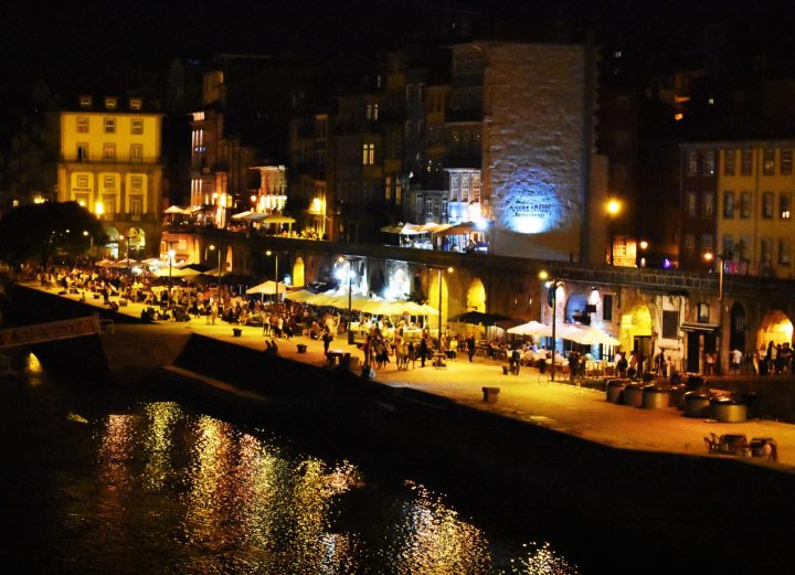 Restaurants and bars in the Ribeira district by the Douro River, Porto