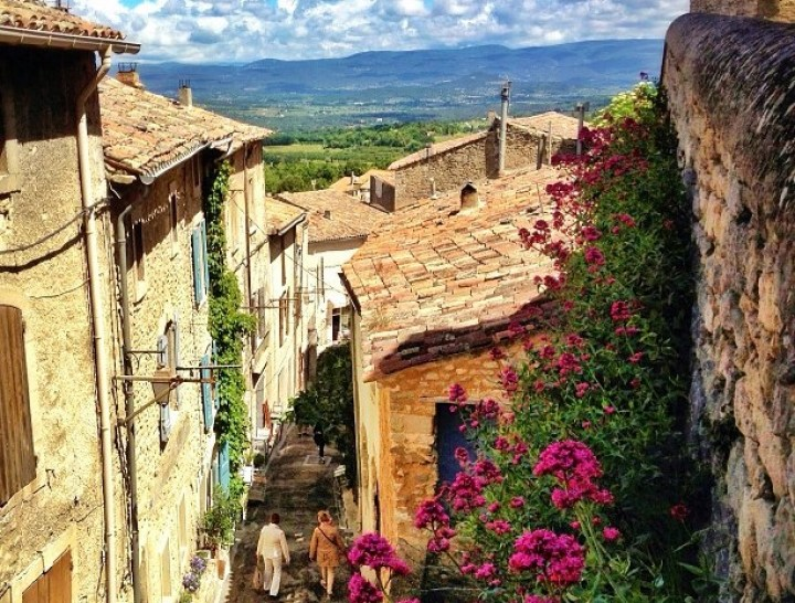 Villages of Provence with their stone houses and cobbled street take you several centuries back in time