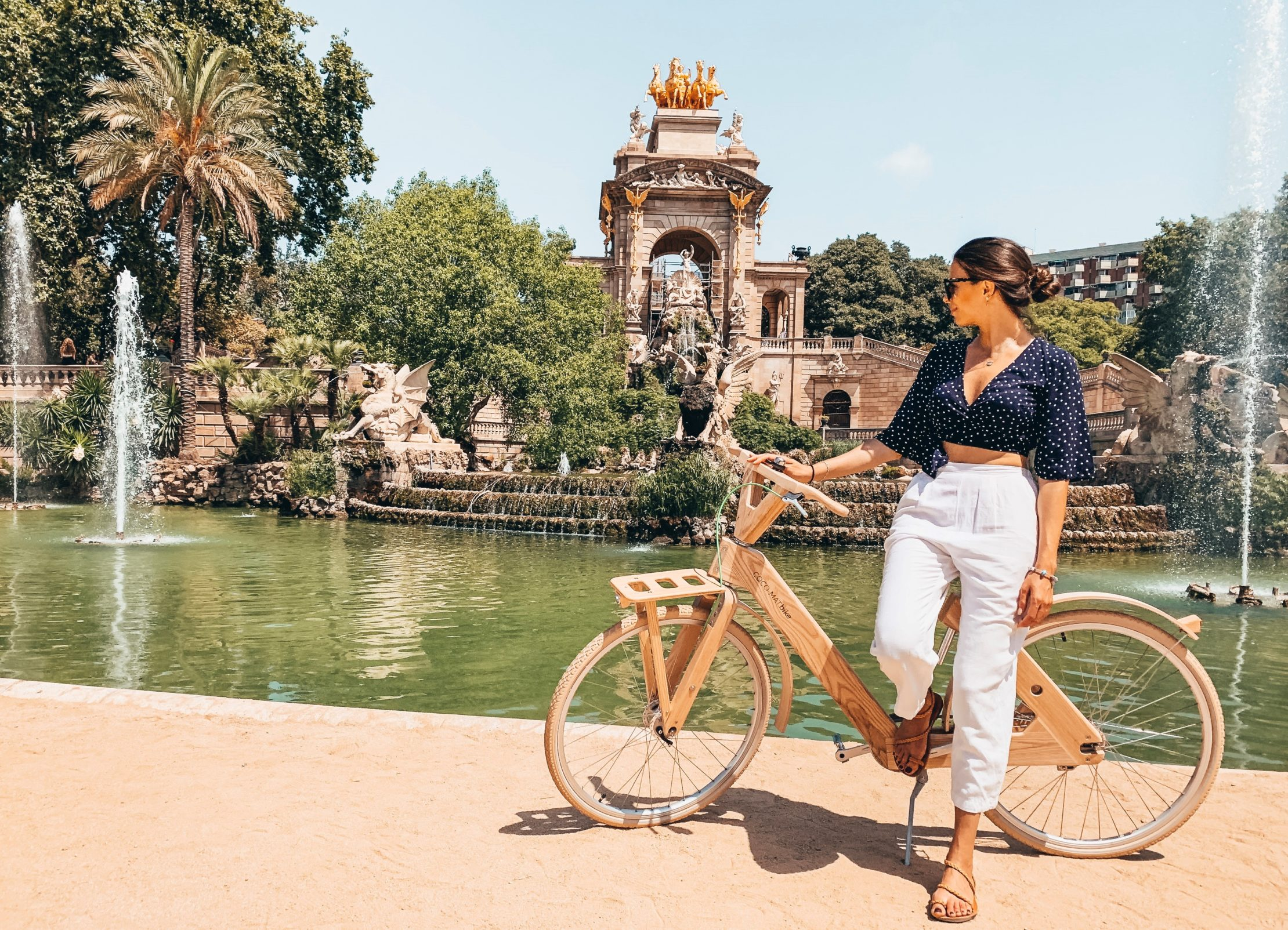Barcelona by bike - guide, routes, where to rent a bike in Barcelona