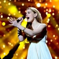 Emmelie, une chanteuse qui en fait