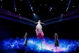 Australia - Kate Miller-Heidke - Zero Gravity