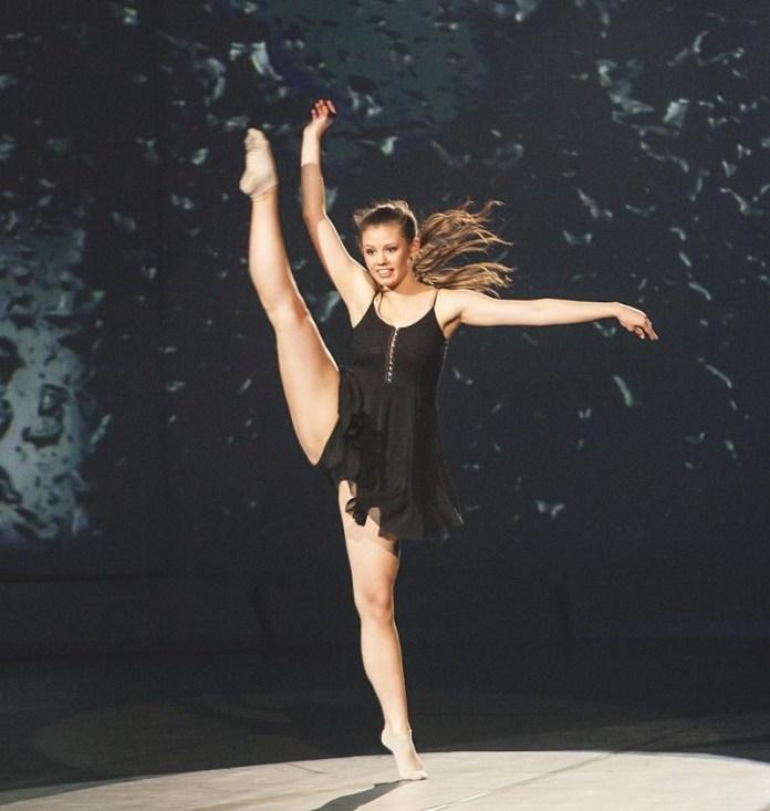 Patricija Crnkovič podczas Eurowizji dla Młodych Tancerzy 2013