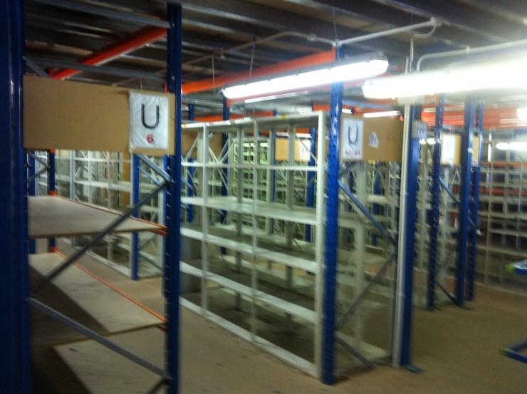 Distribution warehouse removals bracknell