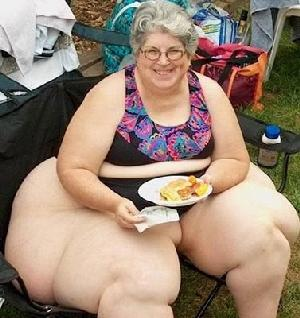 https://i2.wp.com/eurthisnthat.com/wp-content/uploads/2009/08/fat_person2009-med-wide.jpg
