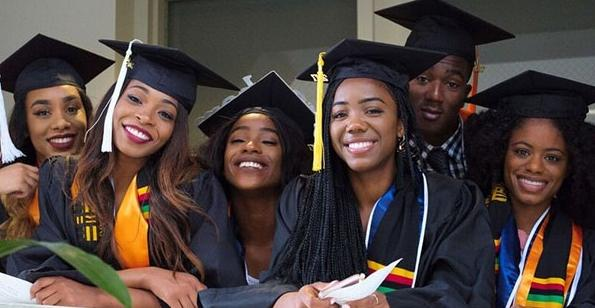 Female Scholarships Scholarships Com >> Top 12 Scholarship Programs For Black African American Students In 2019