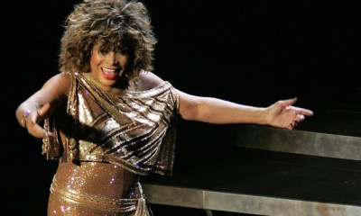 Tina+Turner+Tina+Turner+Performs+Dublin+pKfbG8z4b2yl