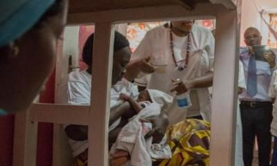 Medics-attend-on-newborns-at-the-Yaounde-Central-Hospital-on-April-13-2020Photo-Courtesy_-Daniel-Olomo1