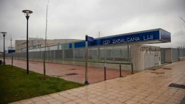 Muere la niña atropellada en un paso de peatones en Vitoria,