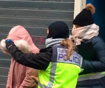 Detienen a cuatro personas por obligar a ejercer la prostitución a varias mujeres en Vitoria,