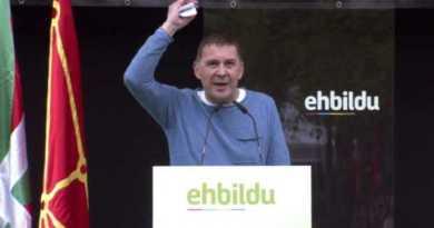 EH Bildu defiende «una Euskal Herria soberana de iguales», frente al «autoritarismo» y la «desdemocratización»,