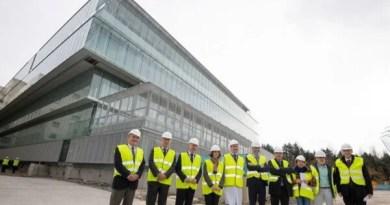 Visita a las obras del nuevo edificio de servicios generales del Hospital Universitario Araba,