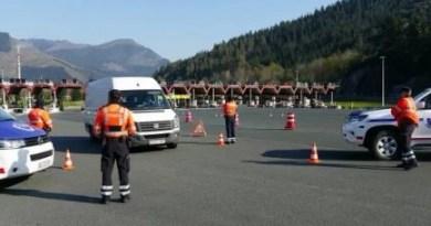 Abren diligencias contra ocho conductores por conducir bajo los efectos del alcohol o las drogas durante el fin de semana en Euskadi,
