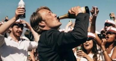 La película 'Druk' ('Another Round') de Thomas Vinterberg gana el Premio Feroz en el Festival de San Sebastián,