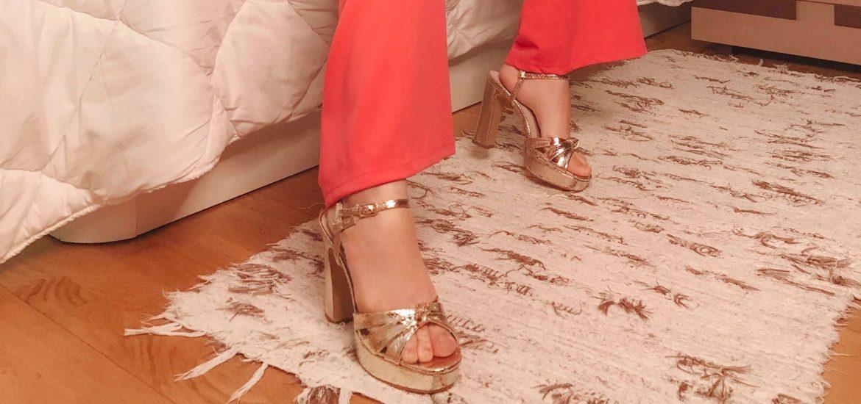 azares plataformas sandalias metalizadas serpiente