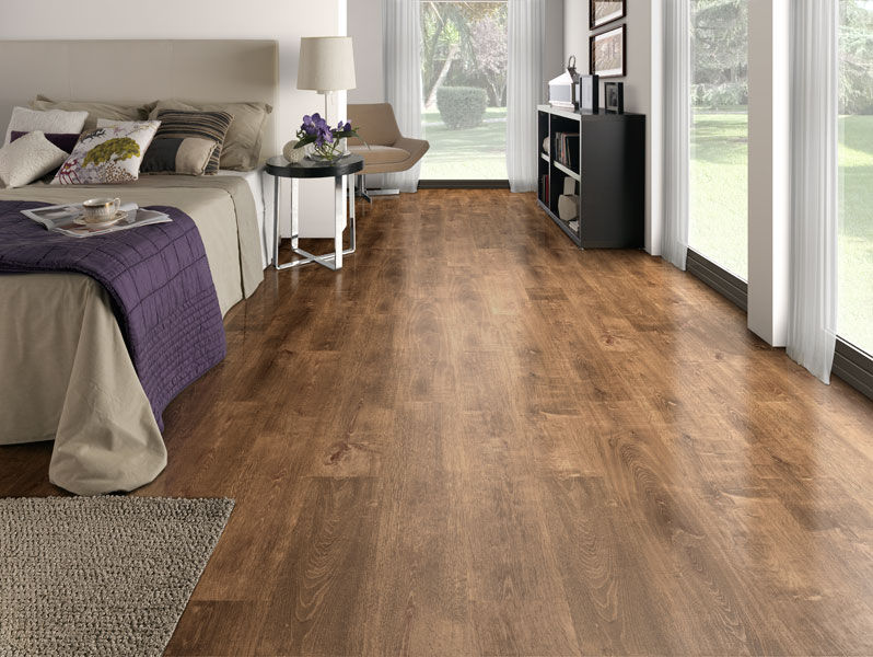 Laminate Flooring Oak and Flooring