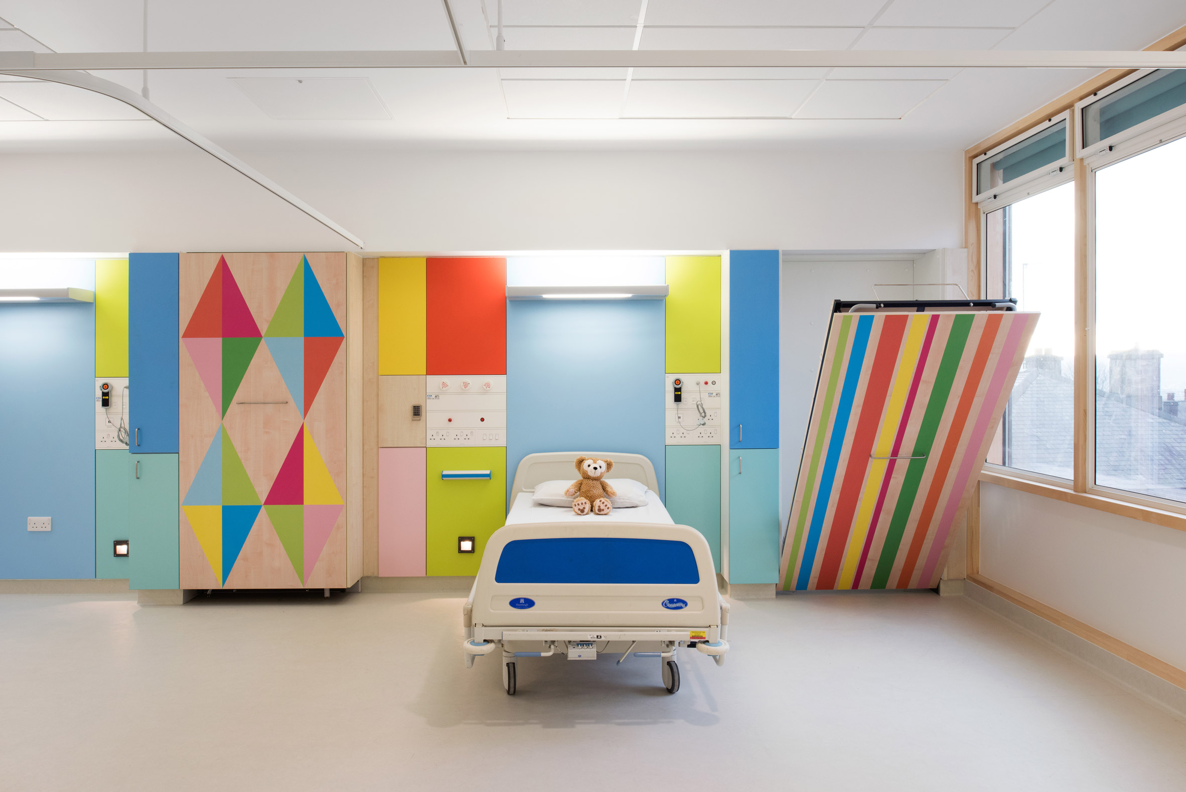 Sheffield Children's Hospital facilities.