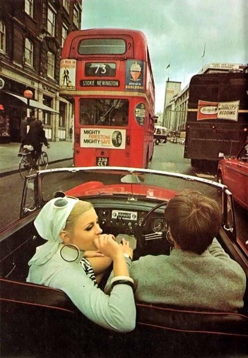 Vintage-London-street