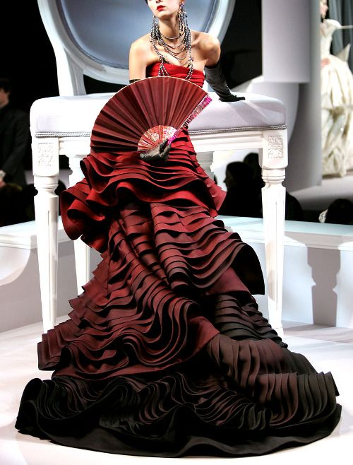 A model presents a creation by British designer John Galliano for Christian Dior's Haute-Couture Spring-Summer 2007 collection presentation held at 'Le Polo de Paris', in Boulogne, near Paris, France, on January 22, 2007. Photo by JAVA/ABACAPRESS.COM