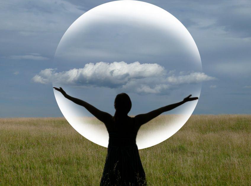 woman_dance_movement_mediation_cloud