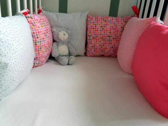 Růžový mantinel pro holčičku