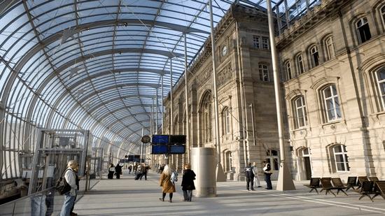 Transport Gare ou Aéroport - Evasion Cars