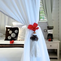 Embrasse de rideau en coquillage de porcelaine