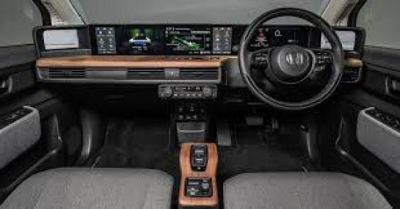 Honda e Advance Interior