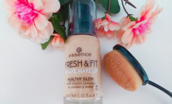 ESSENCE, FRESH & FIT awake make up, base de maquillaje