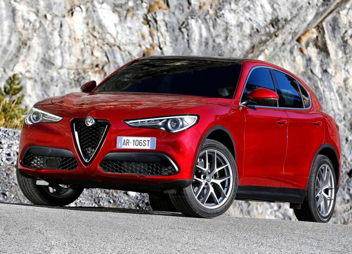 Alfa Romeo Stelvio Exterior