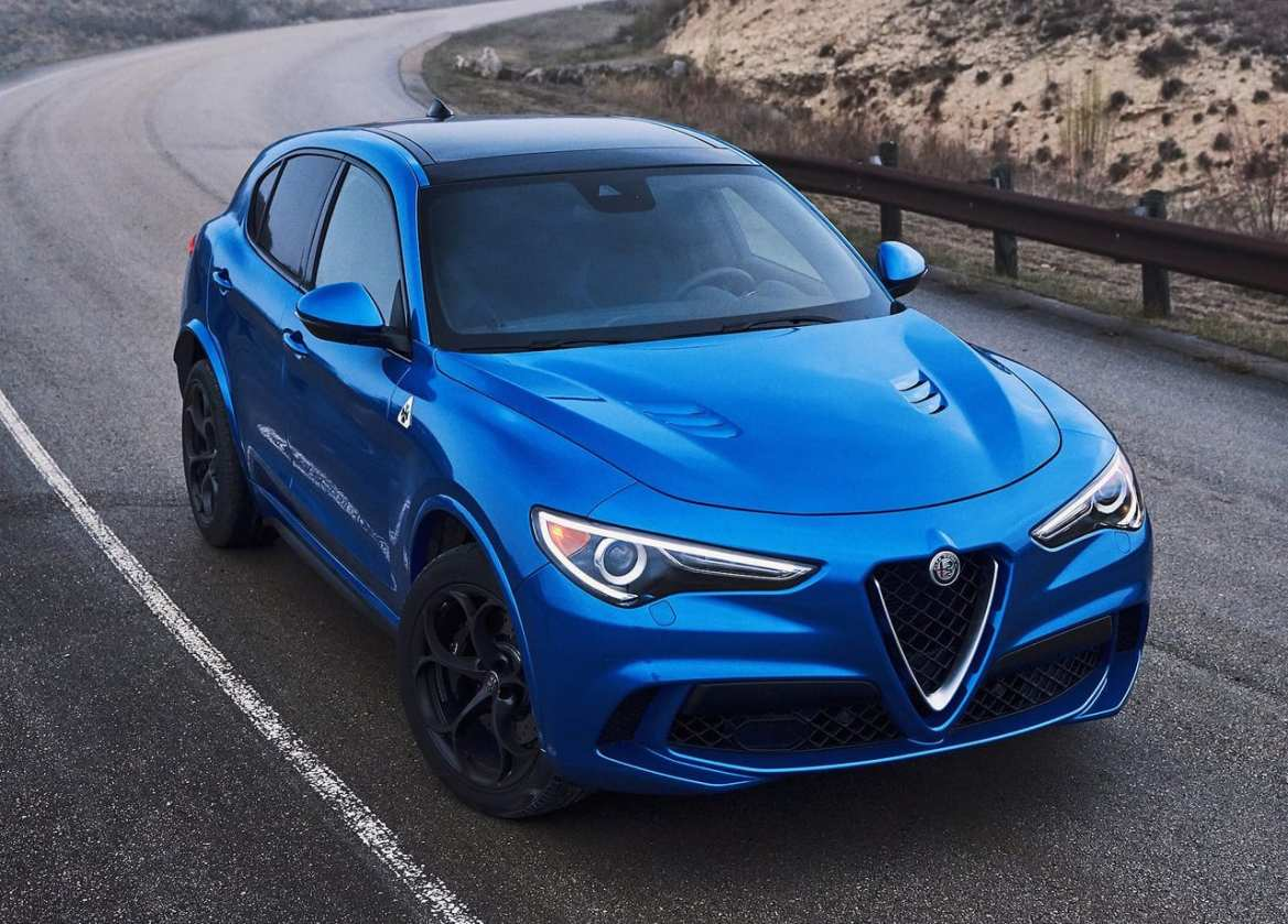 Alfa Romeo Stelvio Quadrifoglio Exterior