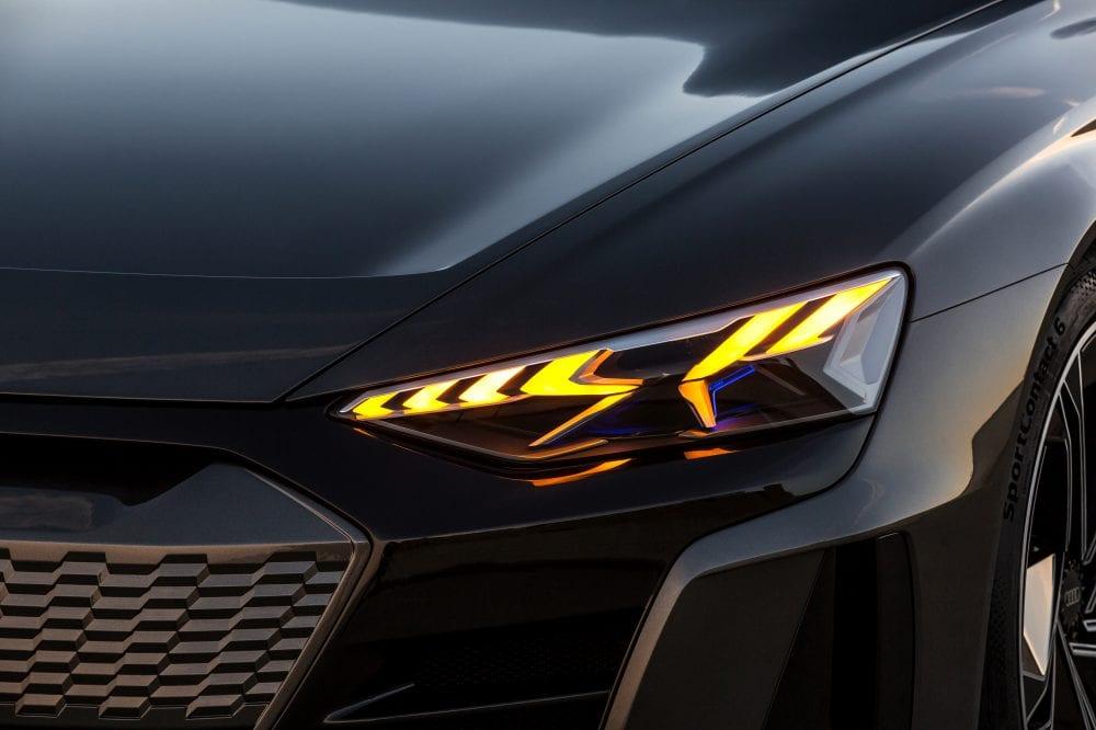 Audi-e-tron-GT 2