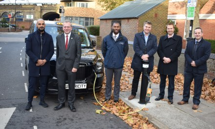 Siemens and ubitricity rollout first London EV charging points