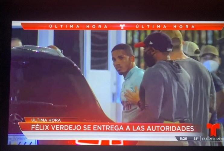 Félix Verdejo se entrega a las autoridades bajo sospecha por fallecimiento de su amante